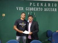 Vereador apresenta indicação ao Poder Executivo para parceria no ensino de jiu-jitsu nas escolas municipais